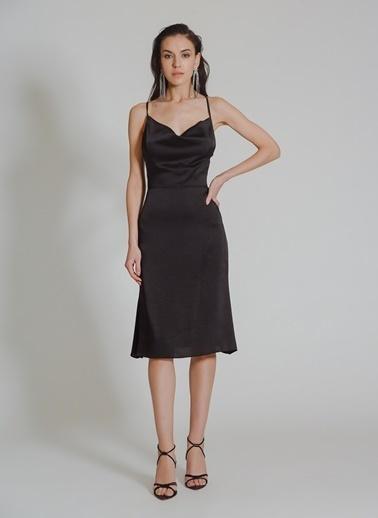 People By Fabrika Sırt Dekolteli Degaje Elbise Siyah